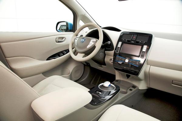 Nissan Leaf review 2010