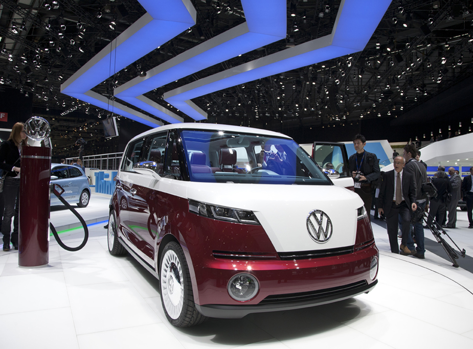 VW Bulli minivan