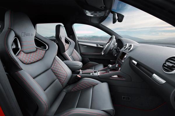 Audi RS3 sportback review 2011