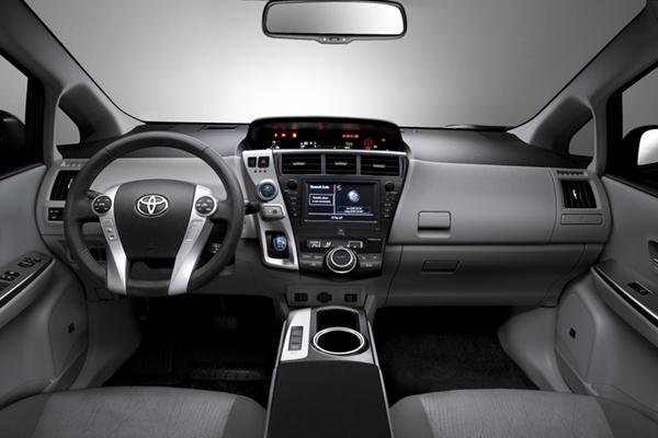 Toyota Prius+ review 2012