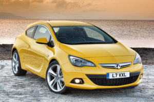 Vauxhall Astra GTC review 2011
