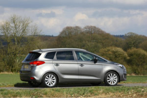 Kia Carens review 2013
