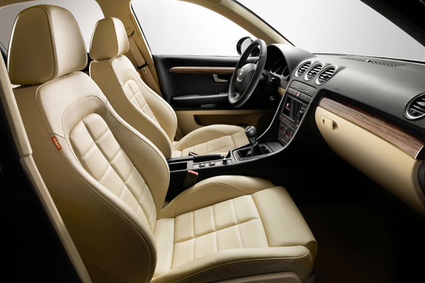 Seat Exeo review 2009
