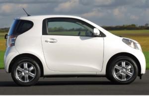 Toyota IQ review 2009