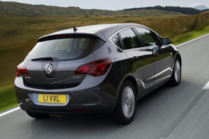 Opel-Vauxhall Stra review 2009